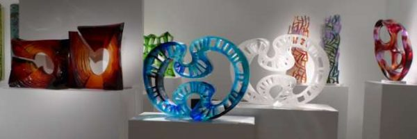 Lu Chi_Glass Art-Gallery-Showroom_640x210