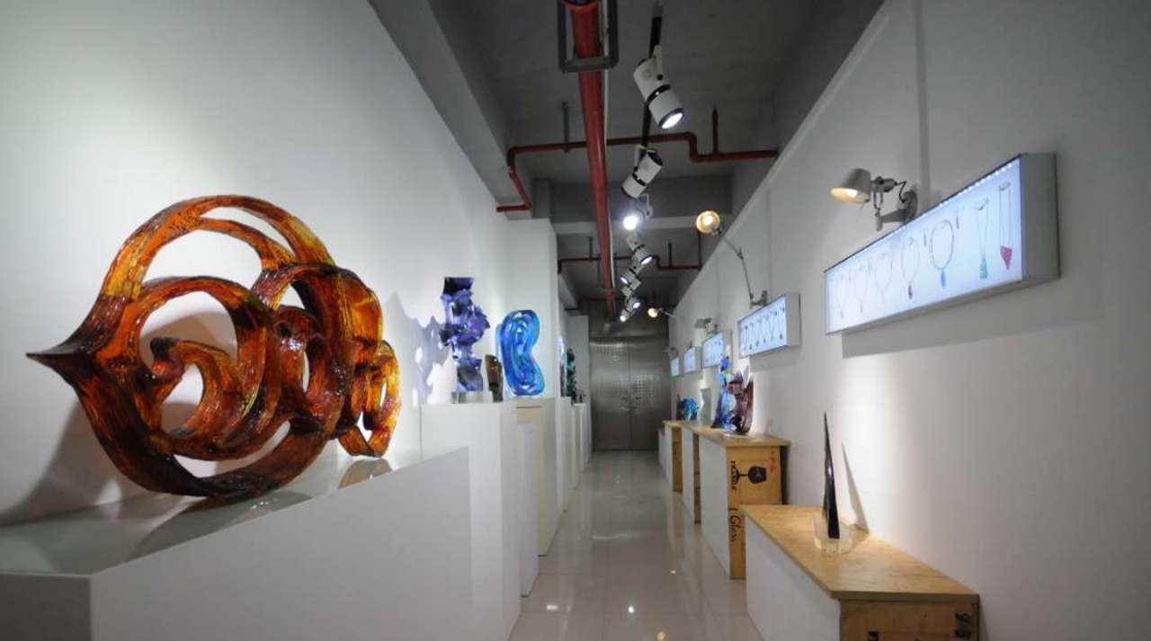 Lu Chi_Master Studio Of Glass Art_Showroom A_1280x713